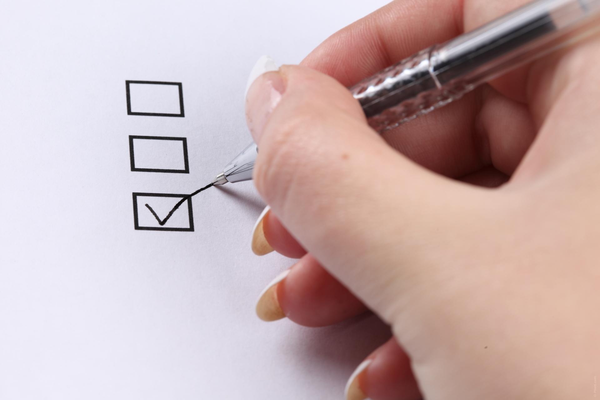 Ranking de empresas para ganar dinero llenando encuestas